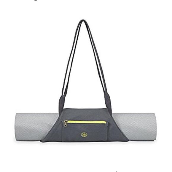 7742303cbaafd Gaiam Handbags - NWOT On-the-Go Gaiam yoga mat carrying bag
